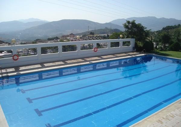El ayuntamiento s abrir finalmente la piscina for Piscina de coca