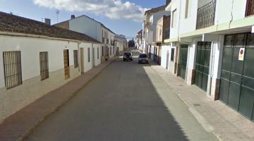 Calle San Ginés, de Sabiote, donde  se han producido los hechos.
