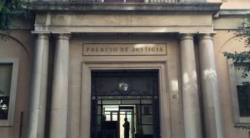 Fachada principal de la Audiencia Provincial de Jaén. FOTO: HORAJAÉN