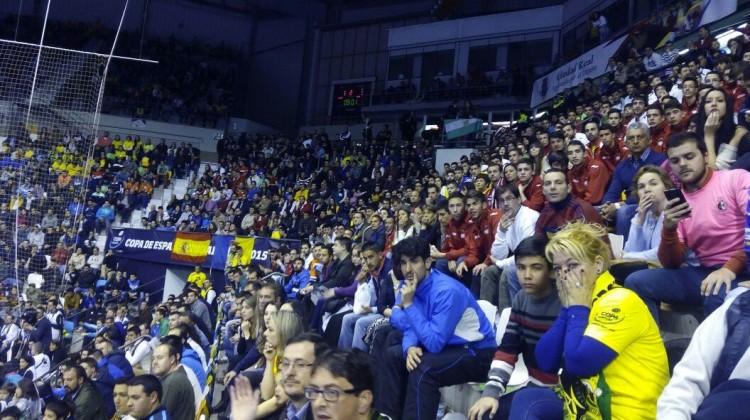 Afición del Jaén Paraíso Interior, en Ciudad Real, en la copa de España de 2015