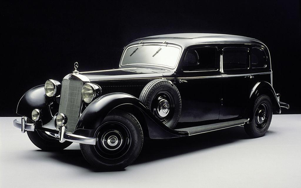 Mercedes-Benz fue la pionera y sentó las bases para la dieselización de los turismos con el modelo 260D.