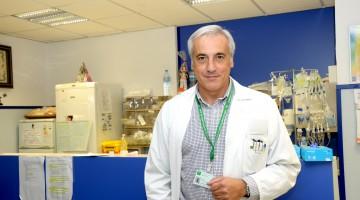 Este trabajo científico, dirigido por el doctor Pedro Sánchez Rovira, intenta mejorar el diagnóstico y el tratamiento para las pacientes con cáncer de mama.
