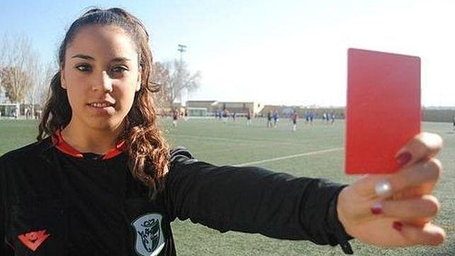 Imagen colgada en la página web del sindicato de árbitros contra el machismo en los campos de fútbol.