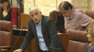 José Antonio Fines, cuestiona al consejero de Deportes, sobre un futuro palacio de Deportes en Jaén.