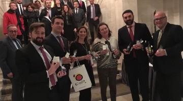20170310 Consejero de Turismo y embajadora en Berlín 1