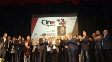 20170311 Gala Picazo - entrega premio - foto familia ok1