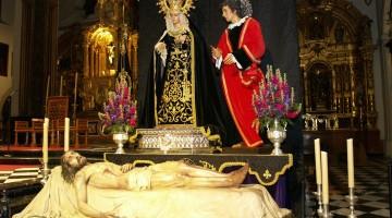 La Soledad y el Yacente en su recta final para procesionar el 14 de abril.
