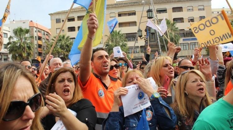 Estibadores protestan en Algeciras por el cambio en sus condiciones laborales. FOTO: HORASUR