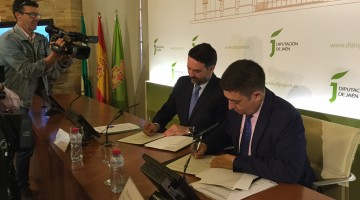 Fernández-pabellón Jaén firma Diputación 05-04-17