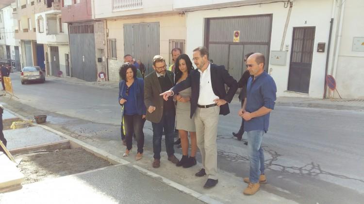 López-visita mejora seguridad vial travesía Valdepeñas Jaén 12-04-17