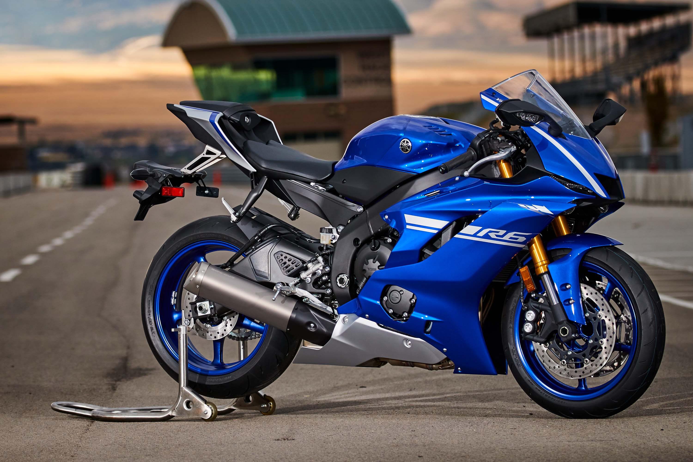 Yamaha renueva por completo la R6, siendo un revulsivo de cara a las demás marcas en el segmento de las deportivas de 600 centímetros cúbicos