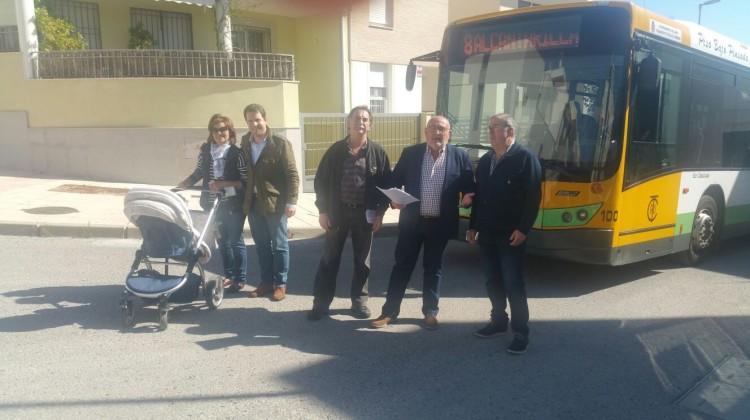 autobús barrio Los Robles