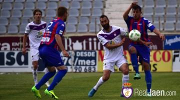 Partido correspondiente a la Segunda División B grupo IV, entre el Real Jaén y el Extremadura. Fotografía: @bestphotosoccer