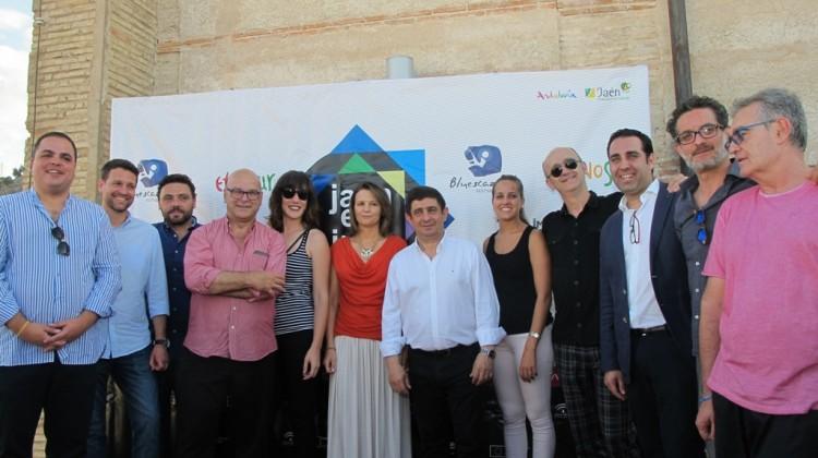 20170601 Presentación Jaén en Julio. Foto de familia 1