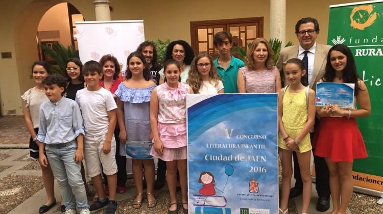 Entrega premios V concurso de literatura infantil