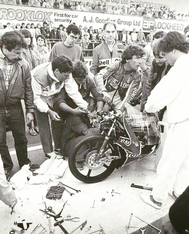 El piloto, vital y enérgico, 12 + 1 campeonatos tendrá en Jerez, la Catedral del motociclismo su circuito que llevara su nombre para siempre.