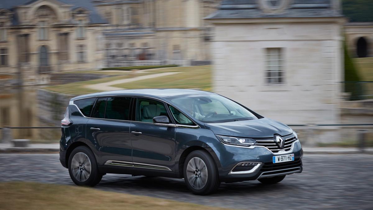 Confort es la palabra que mejor define el comportamiento del Renault Space Tce 225 unido a la deportividad y calidad del conjunto que se mezclan para obtener un gran producto.