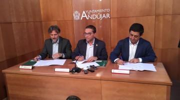 Firma del protocolo lince ibérico entre responsables del la Junta de Andalucía, Diputación y ayuntamiento de Andújar.