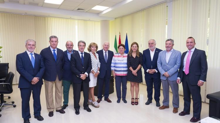 SEvilla: 06 09 2017:Reunión de los presidentes de los 8 colegios de enfermeria andaluces con la consejera de sanidad. FOTO:J.M.PAISANO