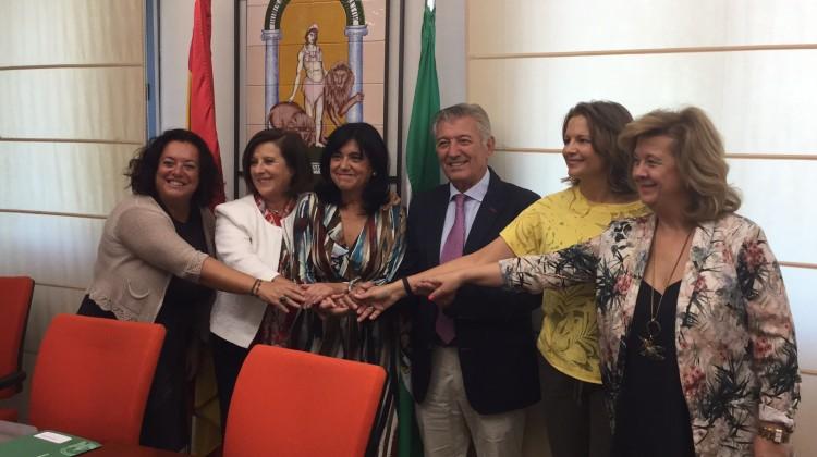 Sánchez Rubio. Firma convenios residencias 04-09-17