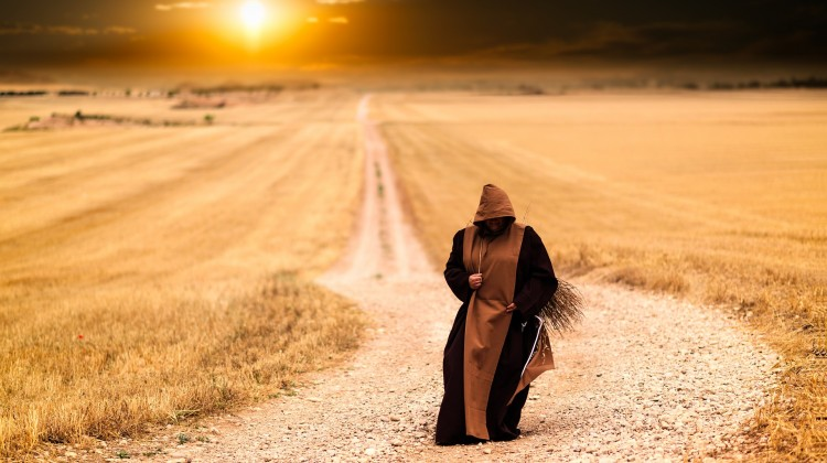 monks-1077839_1920