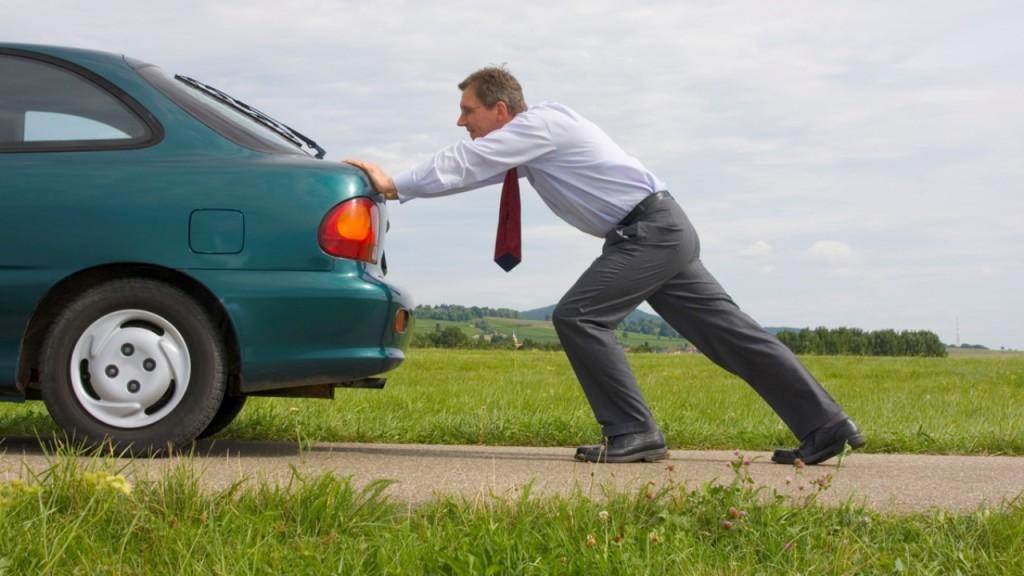 Con temperaturas frías, los vehículos pueden tener más dificultades para arrancar el motor.