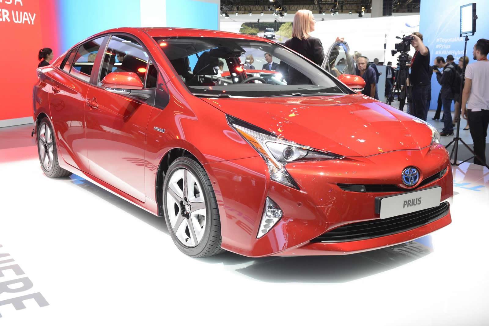 El nuevo Toyota Prius cumple veinte años, actualizando su curta generación que equipa mas tecnología y comunicación.