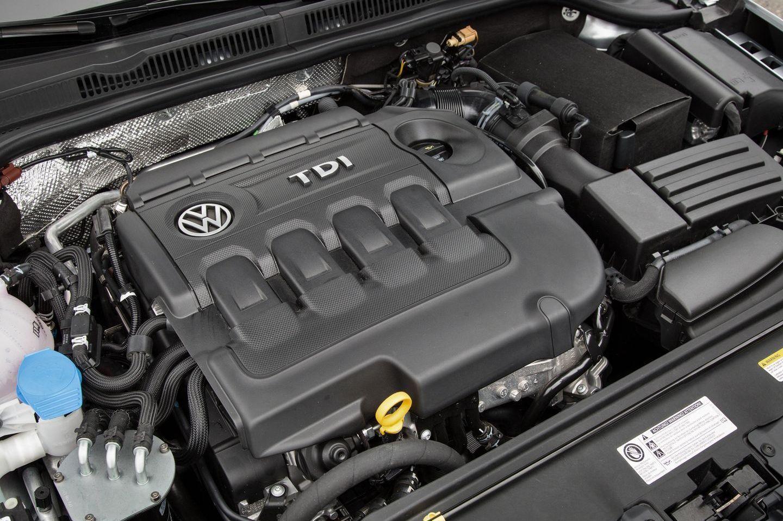 Volkswagen será uno de los primeros fabricantes que eliminará los motores diésel menos potentes y le seguirán, seguramente, otros fabricantes, debido al coste y las nuevas normativas contaminantes.