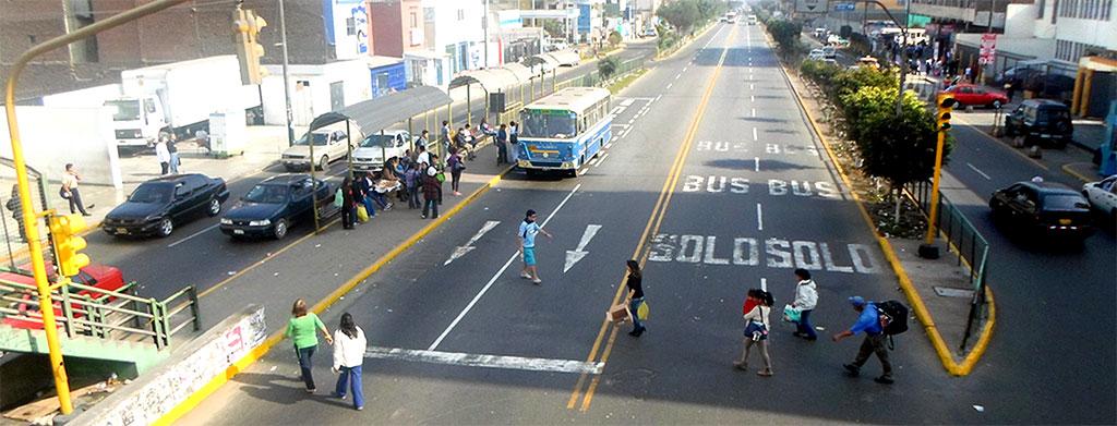 Muchos de los accidentes que afectan a los peatones se pueden evitar si se extreman las medidas en seguridad vial aplicadas al peatón.