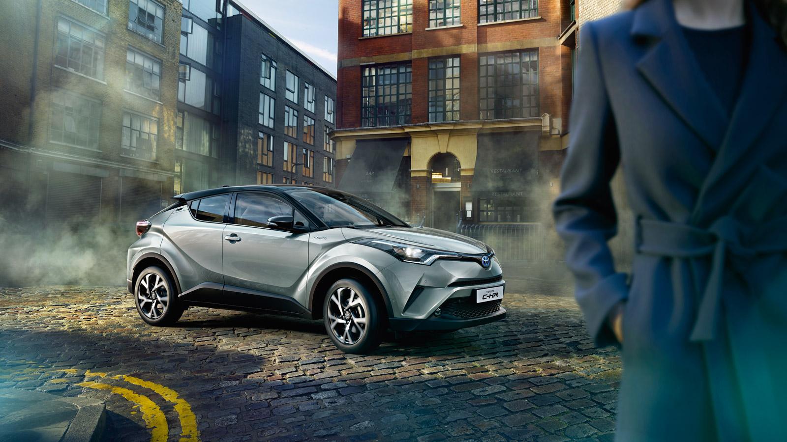 El nuevo Toyota C-HR, cuenta entre sus muchas virtudes, con un diseño exclusivo y futurista, un confort e marca y seguridad y unos consumos realmente espectaculares.