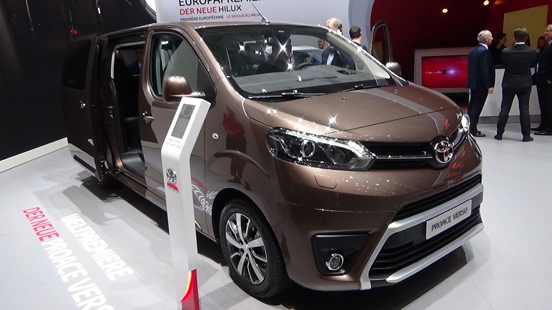 Un versátil y completo modelo de Toyota que puede alternar el trabajo profesional con el placer de viajar en grupo o en familia disfrutando de cada viaje como comodidad y espacio suficiente.