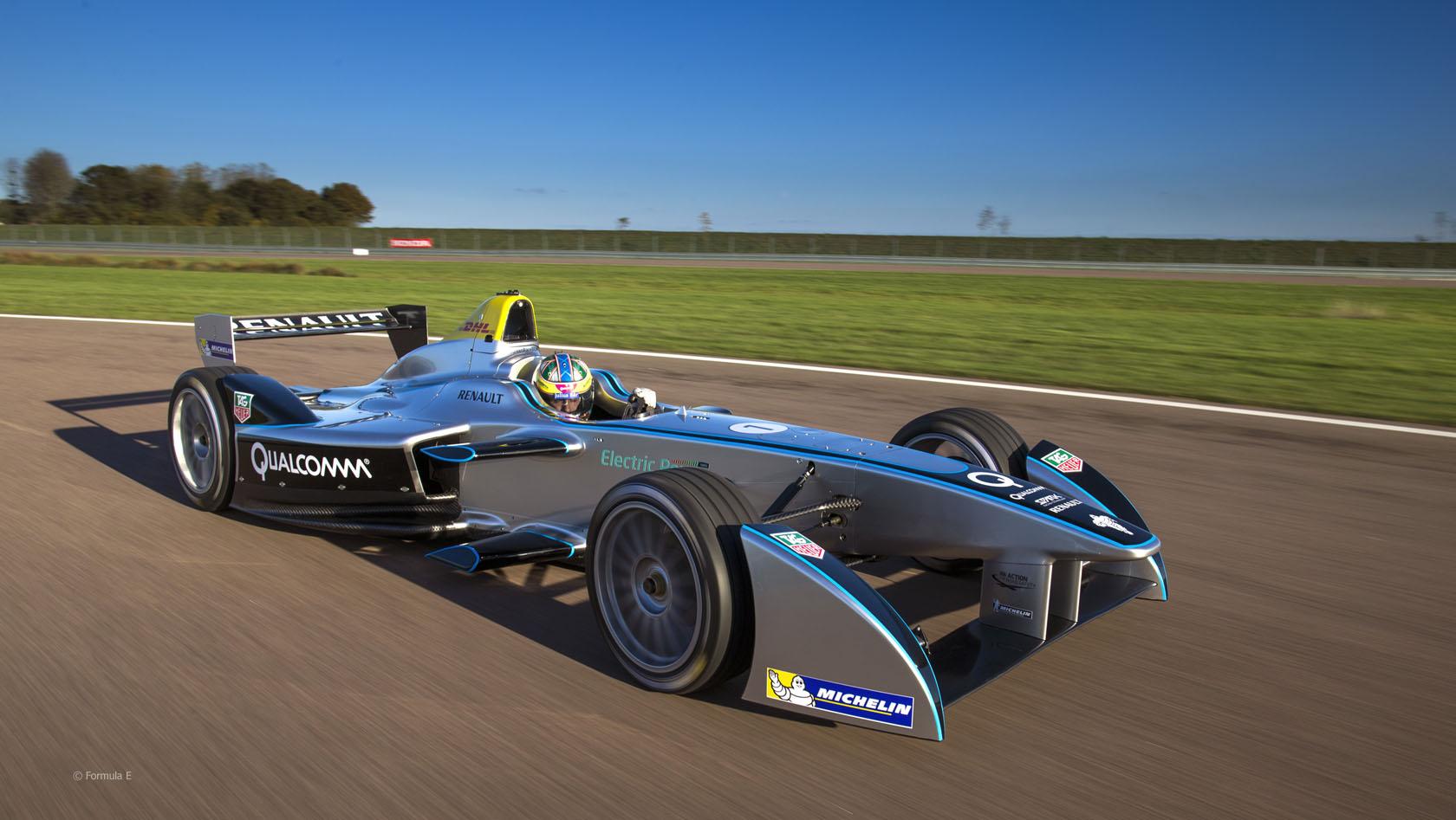 La Fórmula E genera cada día más la atención de los fabricantes de vehículos que participan en este certamen eléctrico como banco de pruebas y desarrollo de las energías limpias.