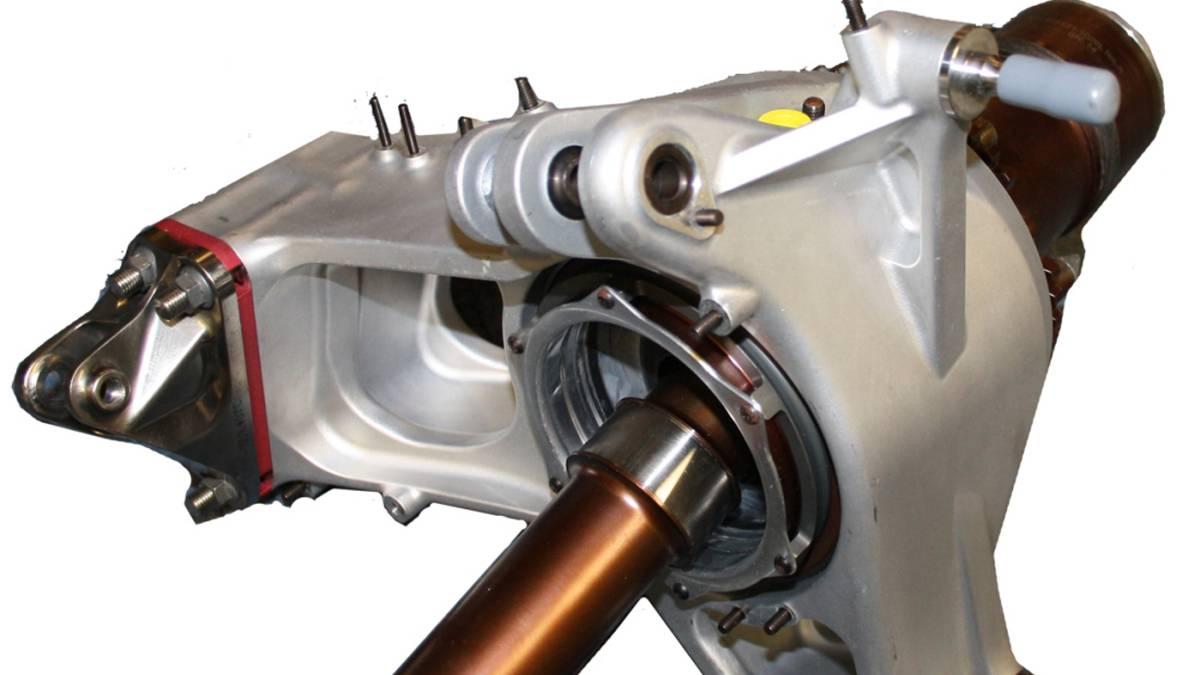 El Palier es una de las piezas fundamentales del vehiculo, canalizándose la potencia a través de estos elementos que trasladan el movimiento. Es aconsejable su revisión en el conjunto palier-fuelle evitando sorpresas y facturas preocupantes.
