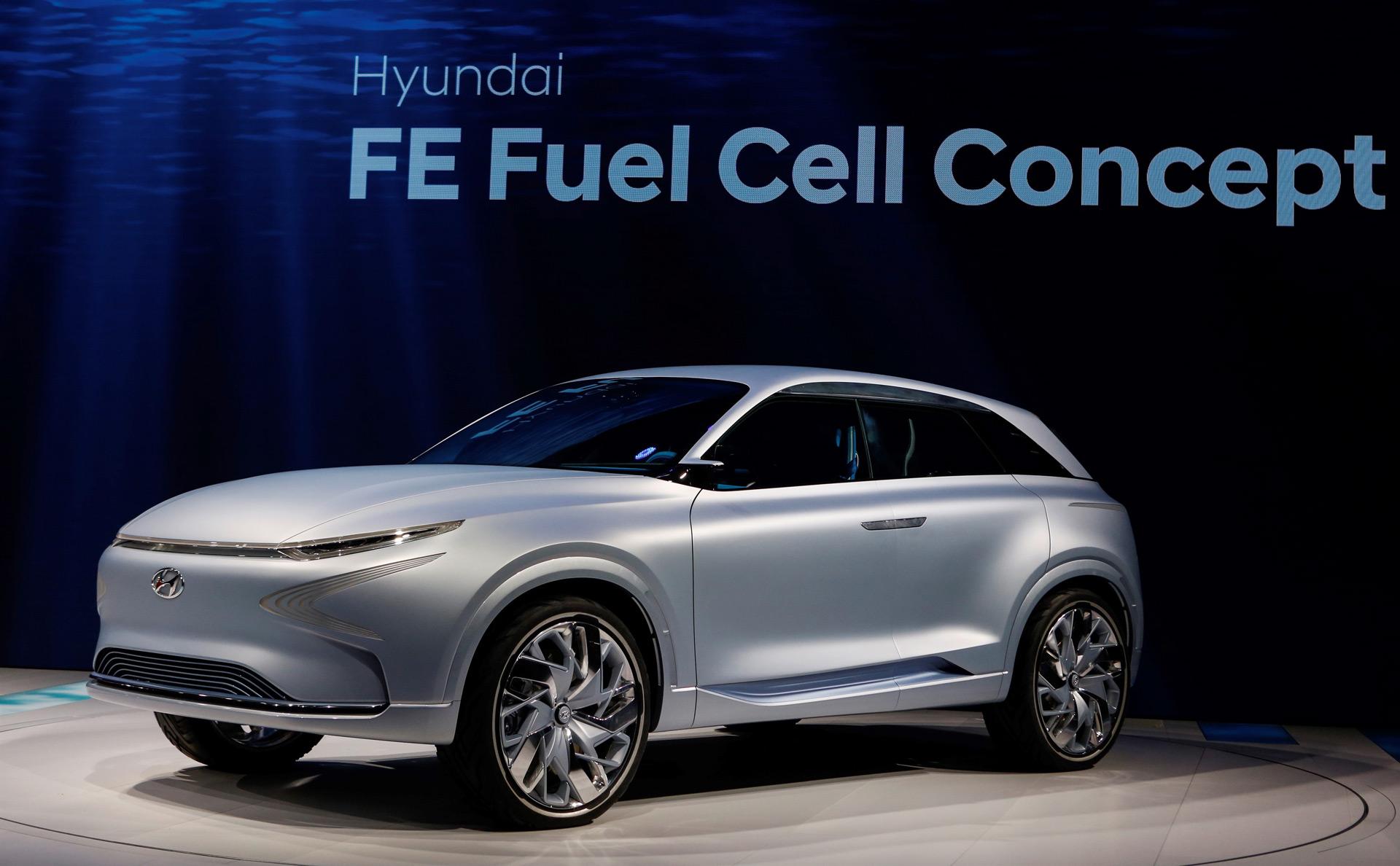 Minimalista, respetuoso con la naturaleza, de donde se inspira y diseño futurista el Hyundai FE Fuel Cell Concept tendría más de 800 Kilómetros de autonomía limpia.