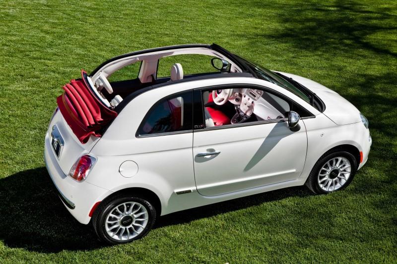 Retro, atrevido y atractivo, el Fiat 500 C es uno de los líderes en el segmento de los microcoches urbanos sin techo con espíritu libre y la mirada hacia el infinito.