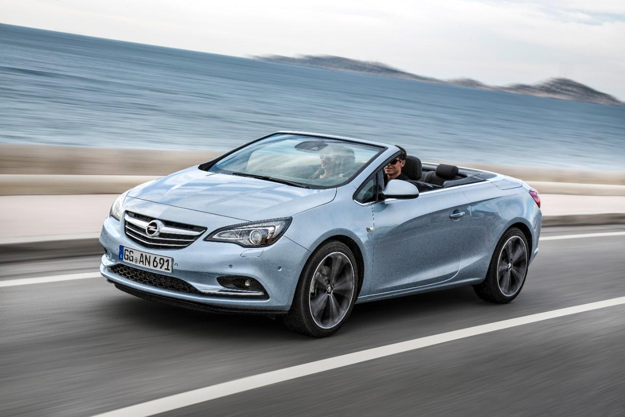 Sin duda la mejor opción para esta época del año con una elección racional y emocional para disfrutar del cielo abierto y sentir la libertad por completo con el Opel Cabrio Sport Especial Edition.