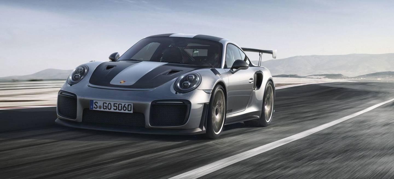 El Porsche 911 GT2 RS se convierte en el modelo homologado de calle más potente de la historia del fabricante alemán y lo hace tan exclusivo como accesible a millonarios.