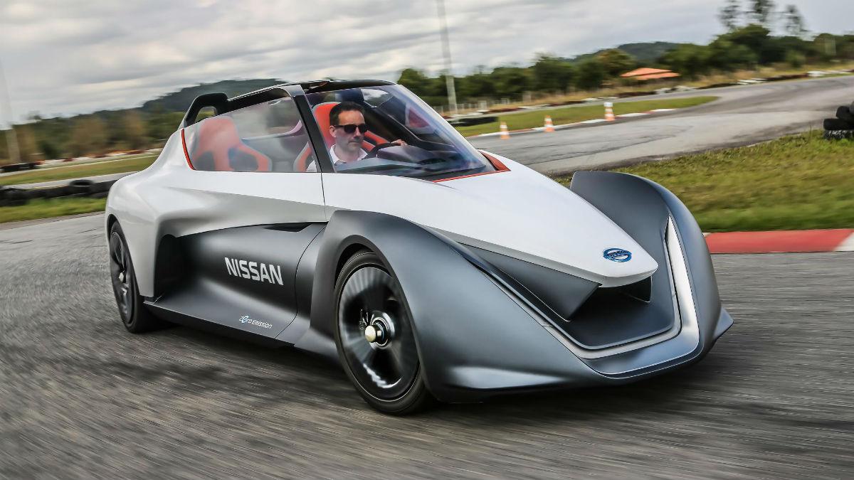 Un prototipo eléctrico y futurista que muestra el camino a seguir y donde Nissan da algunos e importantes pasos en lo que podrían ser los vehículos futuros.
